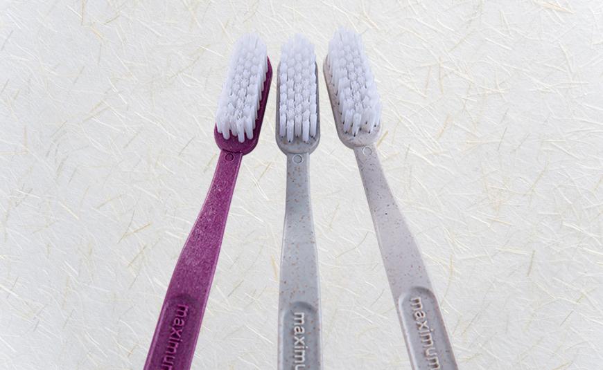 Smilecare Zahnbürsten aus Bio-Stroh